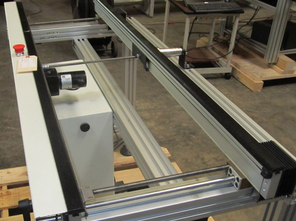Almost new CROWN SIMPLIMATIC 8010 CONVEYORS