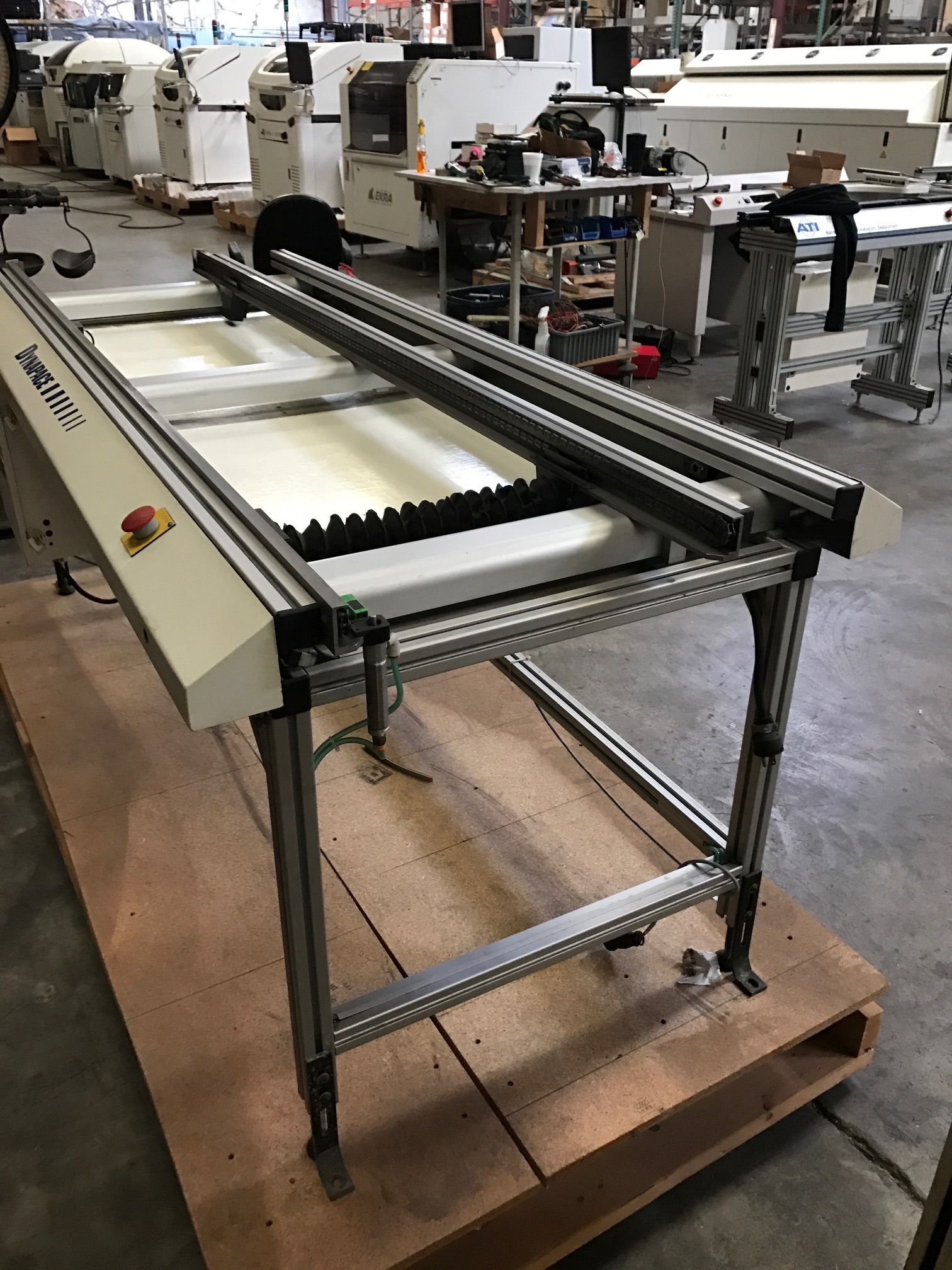 Almost new DYNAPACE Chain Conveyor CONVEYORS